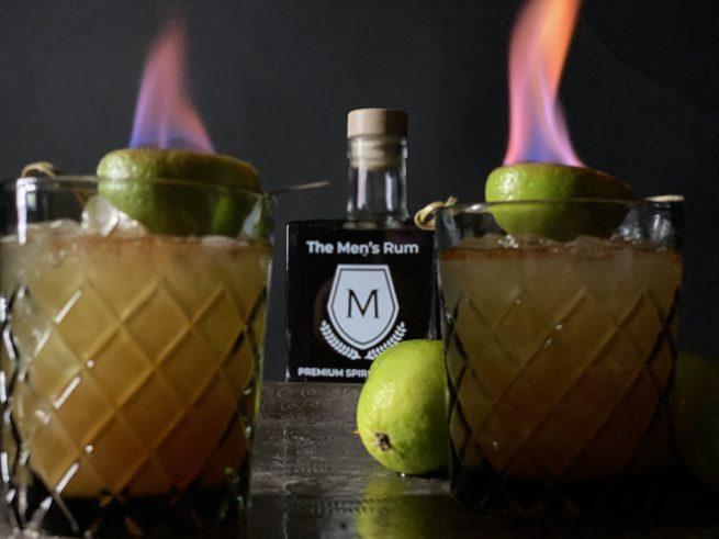 The Men´s Rumtai Cocktail mit Flammen