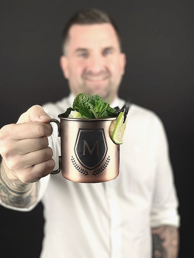 The Men´s Life Produktbild Vodka Kupferbecher Drink Minze